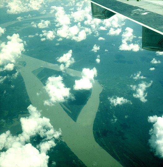 amazonas-überflug-amazonasseitenarm