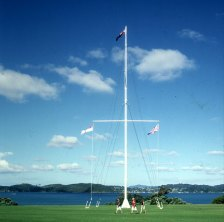 bay-of-islands-fahnenmast