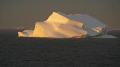 groenland- Eisbergschönheit im Abendlicht 2007
