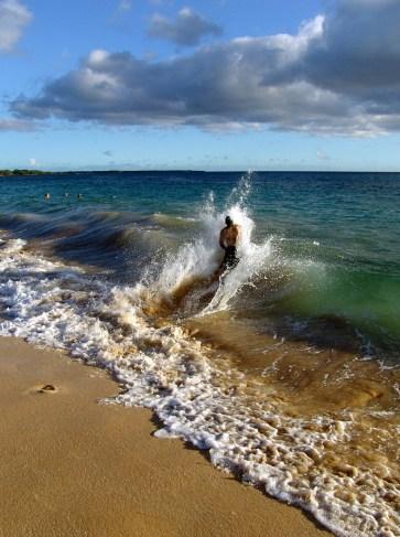 hawaii-surfwellen bis zum Strand 032