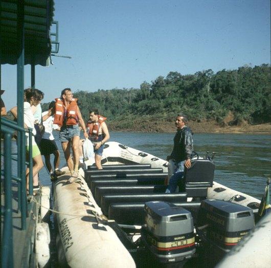 iguazu-falls-bootsfahrt mit 400PS
