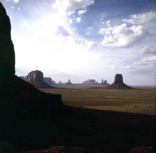 monument-valley-artists-point-2