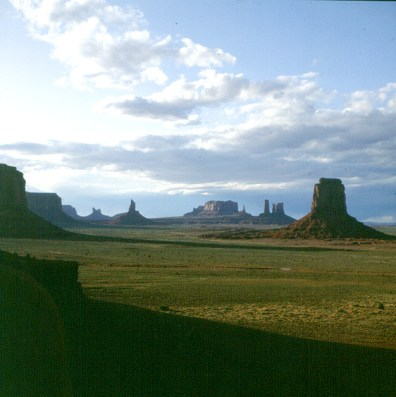 monument-valley-artists-point-4