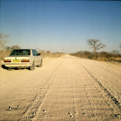 namibia-etoscha-piste 1987