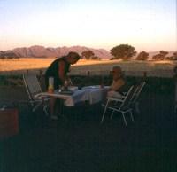 namibia-sossusvlei-fruehstueck-1987