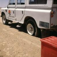 namibia-sossusvlei-reifenpanne 1987