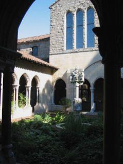 new-york-Klostergarten und Kirche 2003