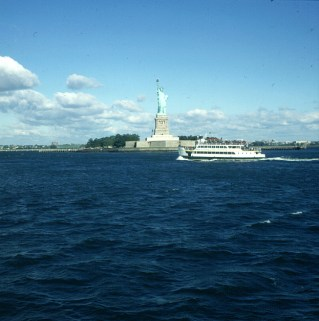 new-york-statue-of-liberty 1994
