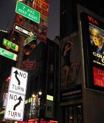 new-york-Timessquare mit Wegweiser 2003
