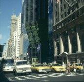 new-york-Fifth Avenue mit Trumptower und Airactgrün 1988