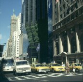 new-york-Fifth Avenue mit Trumptower und Airactgrün 1988