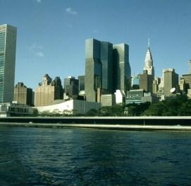 new-york-Seitenflügel UN und Chrysler-Building 1994