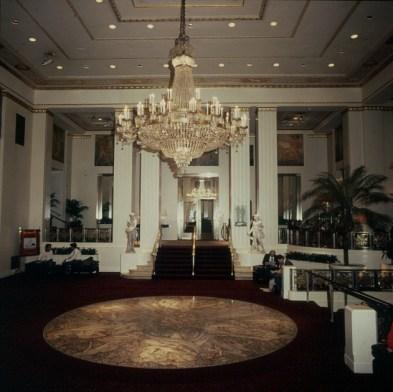 new-york-Waldorfastoria Hotel 1988