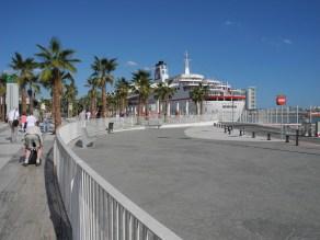 Traumschiff-Malaga-Kai-2012