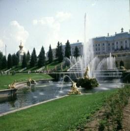 lLningrad-schloss-peterhof-Zentralblick 1988
