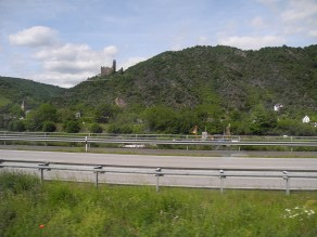 rhein-zug-burg