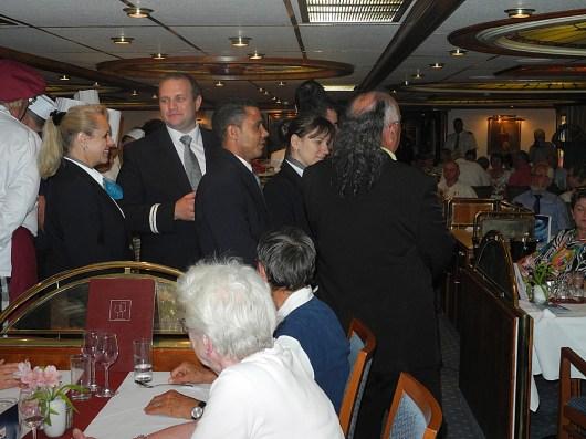 rhone-captains-dinner-crew