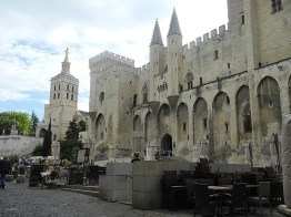 rhone-Avignon Papstpalast