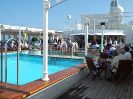 Traumschiff Pool 2012