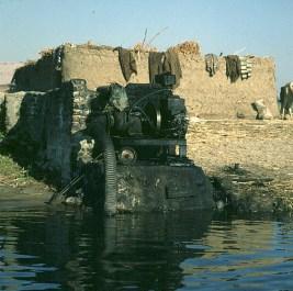 Nil- luxor-heute Dieselpumpe