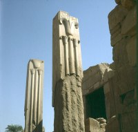 Karnak-Lotussaeulen