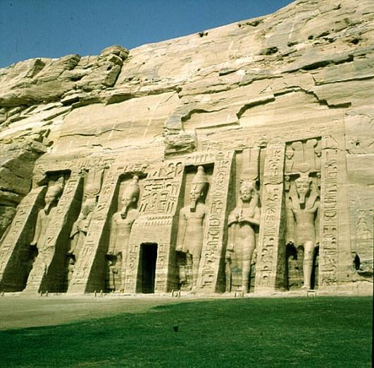 Abusimbel-Nefertarigrab
