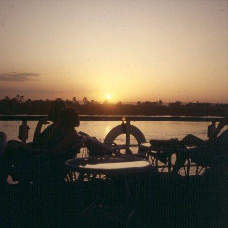 Nil-Luxor Schiffahrt von Dendera