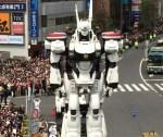 パトレイバーのデッキアップに「税金でロボットつくりやがって!」の声