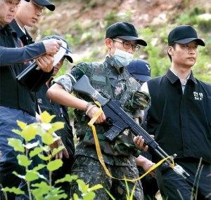 韓国軍 銃乱射 イム兵長 現場検証