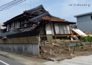 熊本地震・益城町の全壊住宅