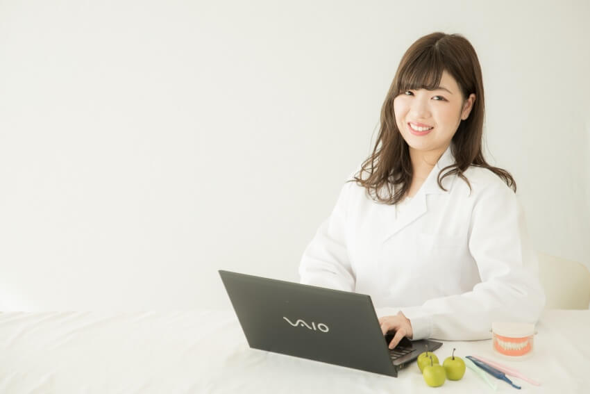 歯科で働く管理栄養士|石川桃子|プロフィール写真|ライター