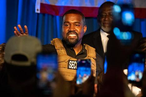 Kanye West's peculiar behavior has raised concerns about the rapper's mental state.