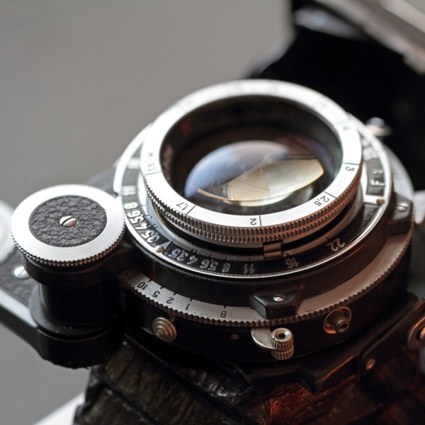 Black & White / Retro Photo Editor