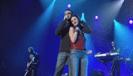 Laura Pausini - Tra te e il mare (duet with Biagio Antonacci) [live] artwork