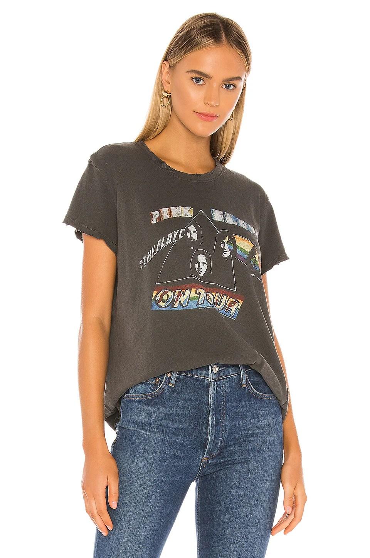 Pink Floyd On Tour Tee             Junk Food                                                                                                                                         Sale price:                                                                       CA$ 38.56                                                                                                  Previous price:                                                                       CA$ 58.50 3