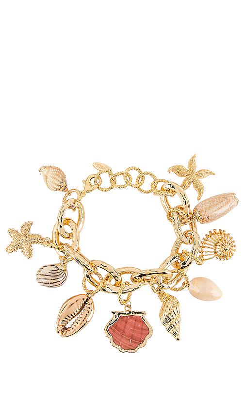 Ettika Shell Bracelet in Metallic Gold.