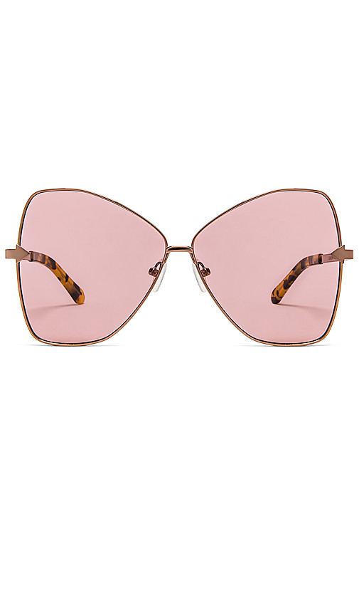 Karen Walker Queen in Pink.