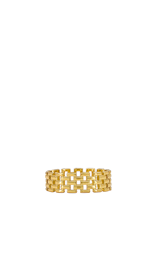 SHASHI Linked Band Ring in Metallic Gold. - size 8 (also in 6,7)