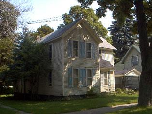 519 Erie St