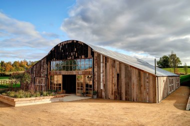 Hay barn (2)