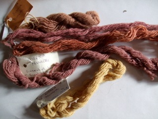 Lichen dyes on wool. Note the use of Evernia prunastri which can make a soft pink