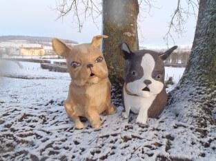 2 bouledogs
