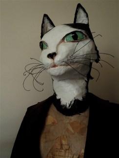 buste de chat n/b adaptable sur mannequin sans tête