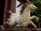 cheval plâtre , fronton