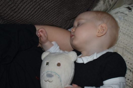 MyHummy Teddy Bear Pearl with Isabelle during a nap, all part of our attachment parenting style
