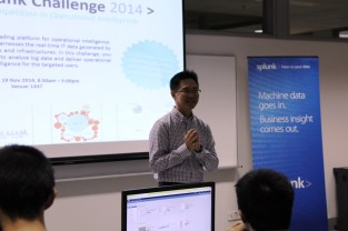 Splunk representative giving a opening speech to the participants