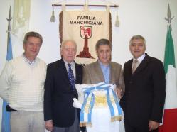 Oscar Tramannoni coni rappresentanti marchigiani di Rosario