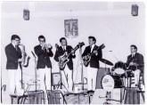I Leoni: da sx Arnaldo Cingolani sax, Alberto Semplice tromba, Mario Cingolani chitarra, Duilio Anconetani Chitarra basso, Mario Camilletti batteria.