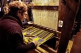 Federica Vendemmiati all'opera sui telai delle suore dell'Istituto delle Figlie dell'Addolorata di Potenza Picena. Foto Sergio Ceccotti.