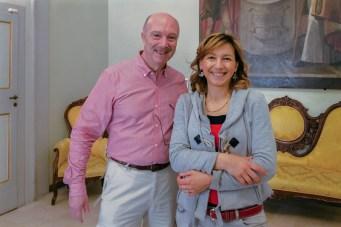 José Alberto Caruso dottori insieme alla Dott.ssa Simona Ciasca. 18 maggio 2016 donazione quadro di Luis Dottori al Comune di Potenza Picena. Foto di Sergio Ceccotti.
